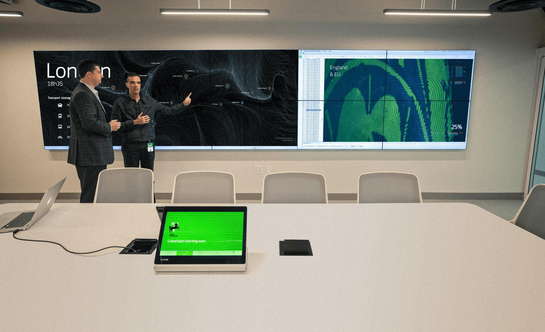 LLOYDS-GroupTech-Wall_LED-02